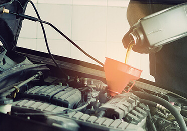 News - Ways to check and change your engine oil